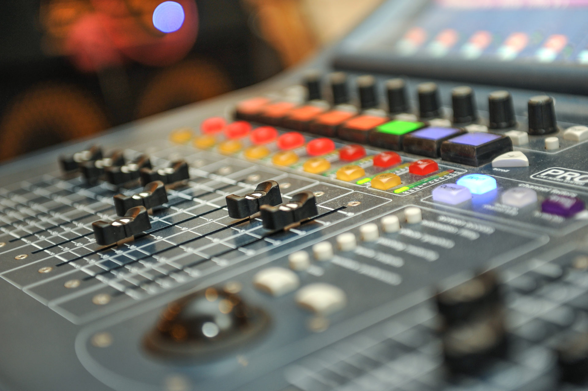 Edna Talent Management Firm uses Versature business VoIP services in studio